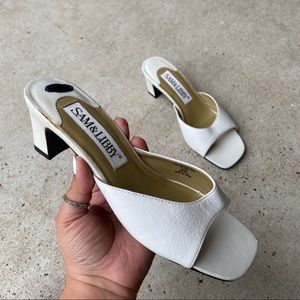 Sam & Libby Vintage 90s Slip on Square Toe Sandal